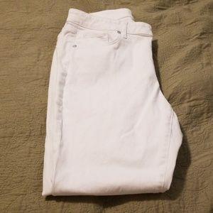 Brand New Loft Curvy Skinny Jeans-Size 12 White